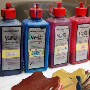 Einzige Lederfärberei in Wien: händische Anmischung jedes beliebigen Farbtons nach Vorlage