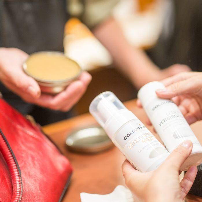 Professionelle Kundenberatung zur Reinigung, Pflege & Reparatur von Leder, Kunstleder & Textilien